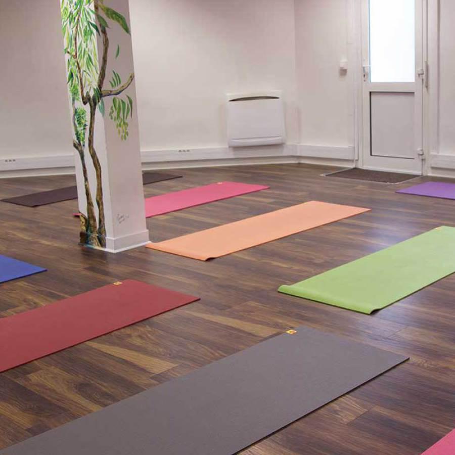 relaxation salle yogsansara bd de Picpus